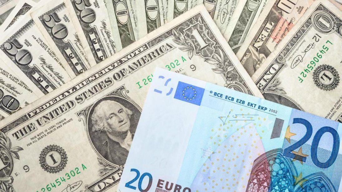 Долар падає: курс валют на сьогодні