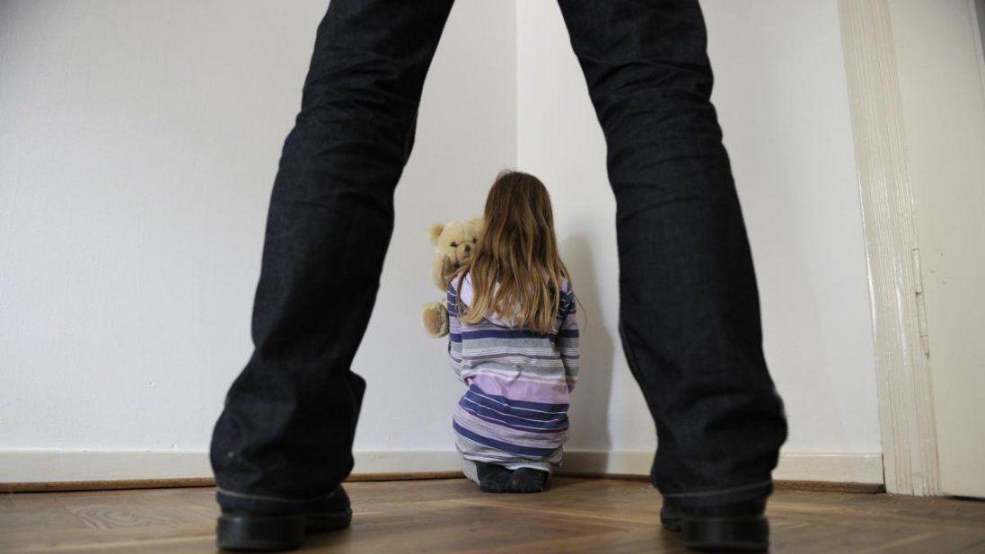 В Україні вестимуть реєстр педофілів