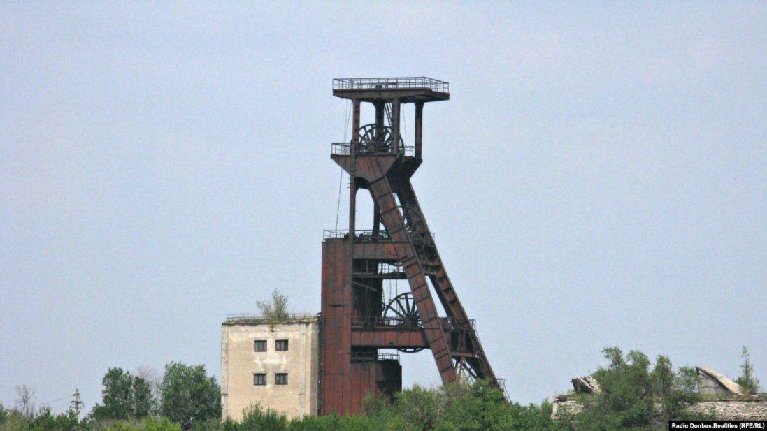 На Донбасі через обвал шахти загинув гірник