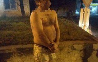 Нічним Дніпром розгулював чоловік, одягнутий лише в труси (фото)