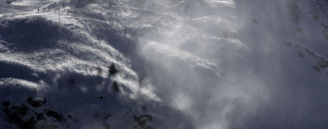 В Австрії в горах зазнав катастрофи літак з пасажирами (відео)
