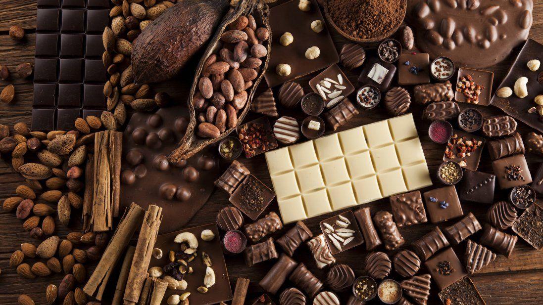 На Волинь хотіли ввезти пів тонни контрабандного шоколаду (фото)