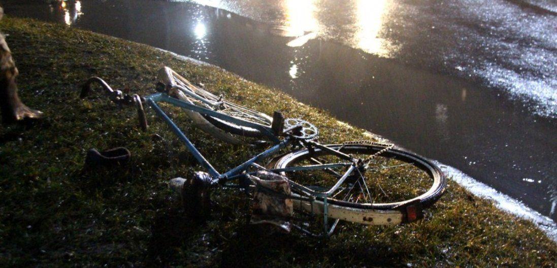 На Волині автомобіль збив велосипедиста (фото)