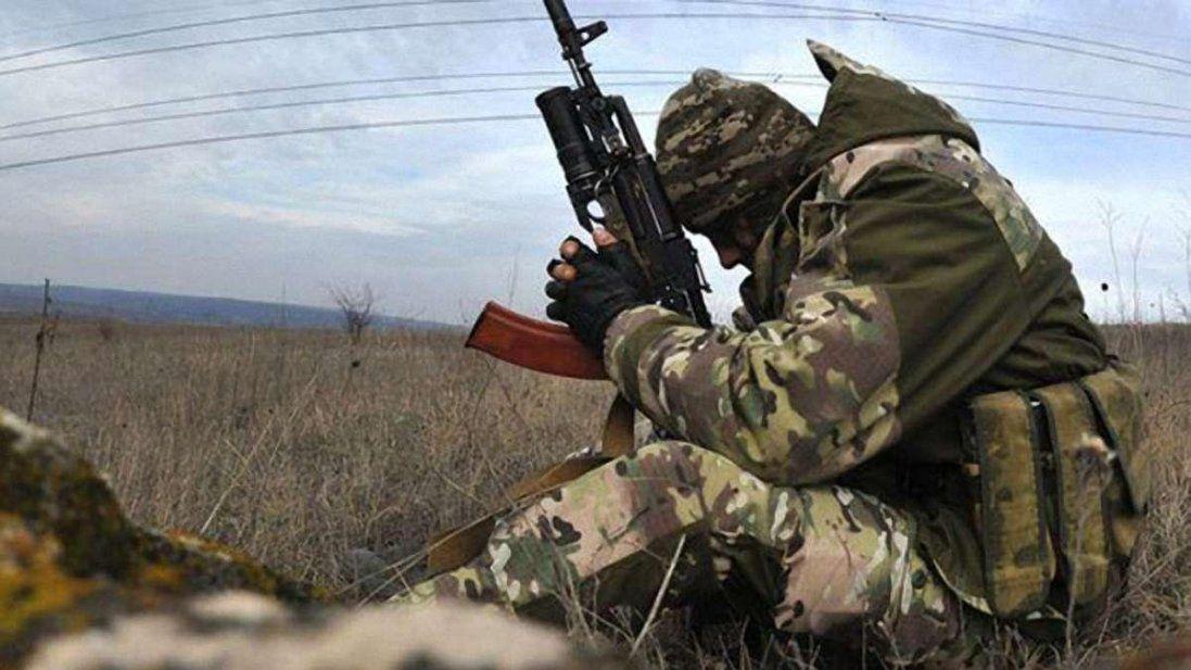 Самогубство на Донбасі: військовий вистрілив у голову з автомата