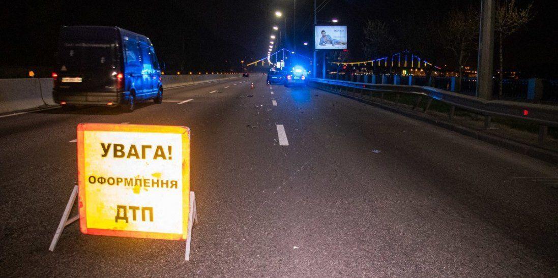 Розтрощені автомобілі та постраждалі – моторошна ДТП на Житомирській трасі (фото)