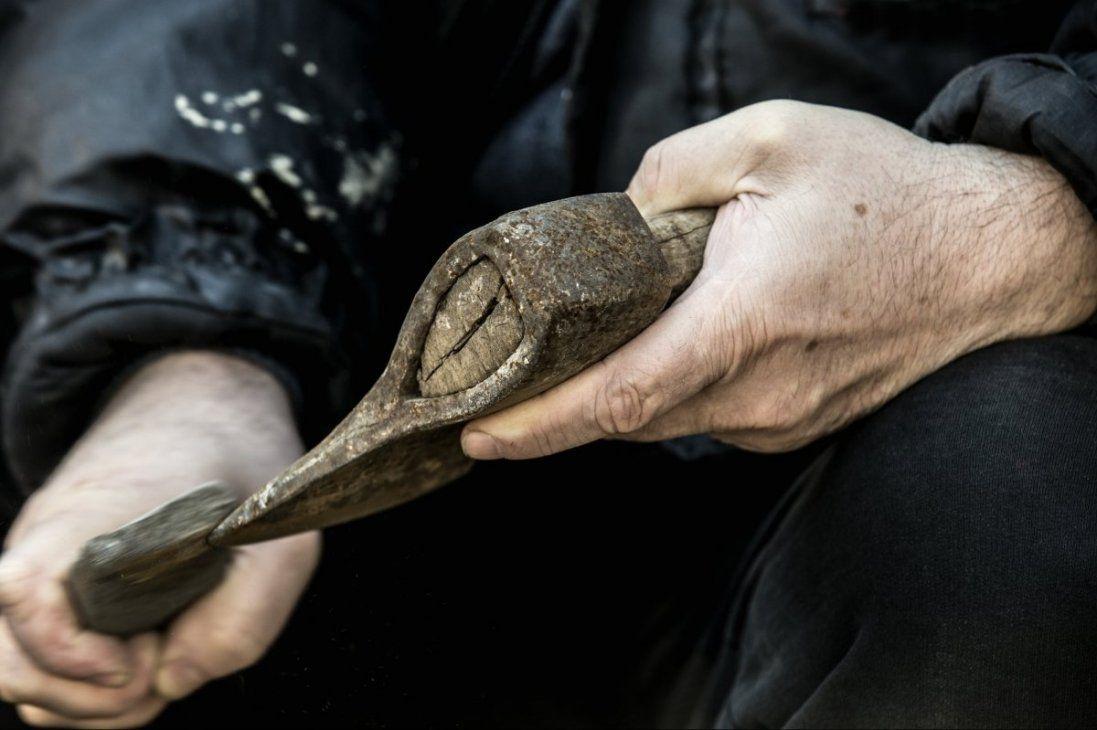 В Одесі затримали чоловіка з сокирою (фото)