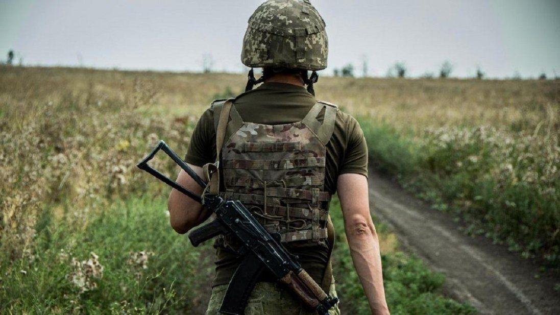 На Донеччині бойовики зберігають важке озброєння