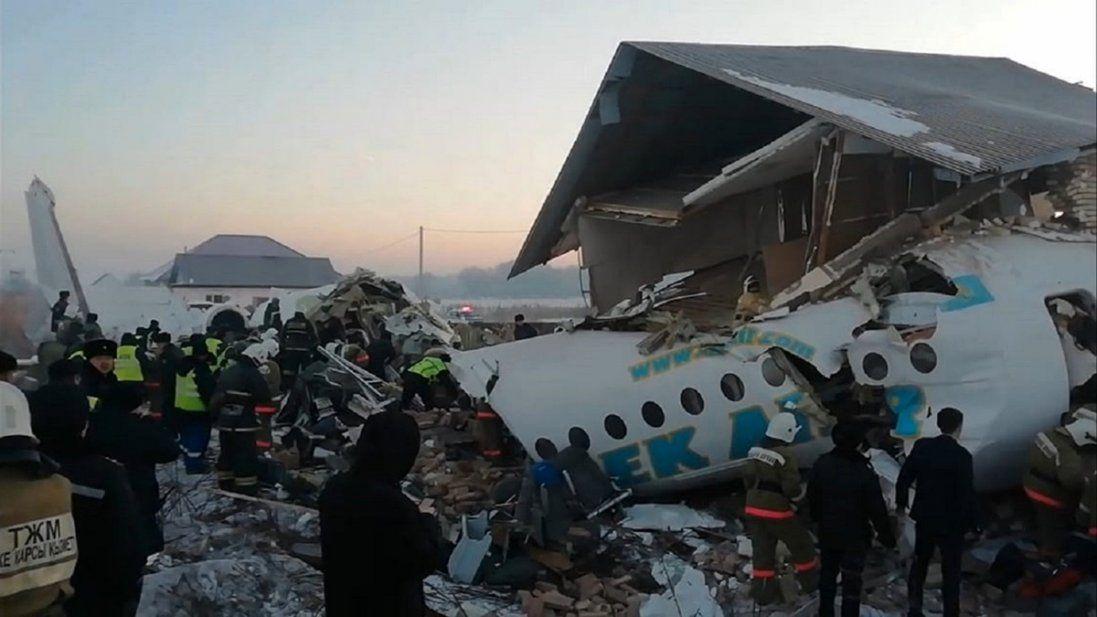 Упав літак із сотнею пасажирів на борту: моторошні подробиці