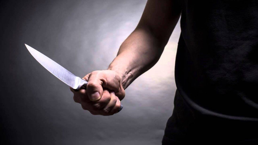 У Києві чоловік напав з ножем на батьків