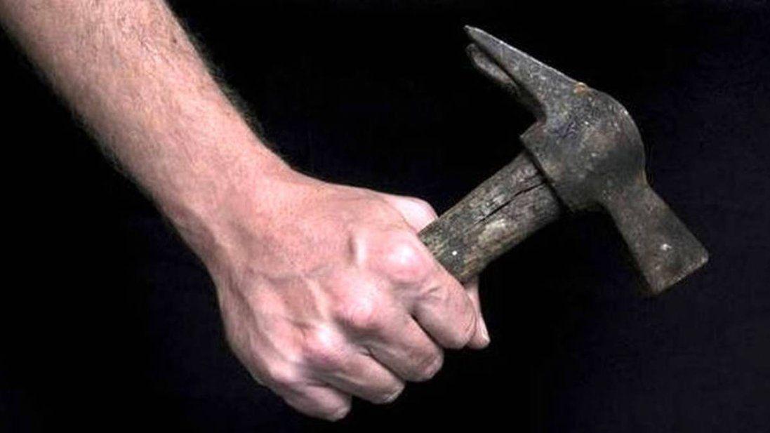 На Тернопільщині атовця побили молотком по голові (фото)