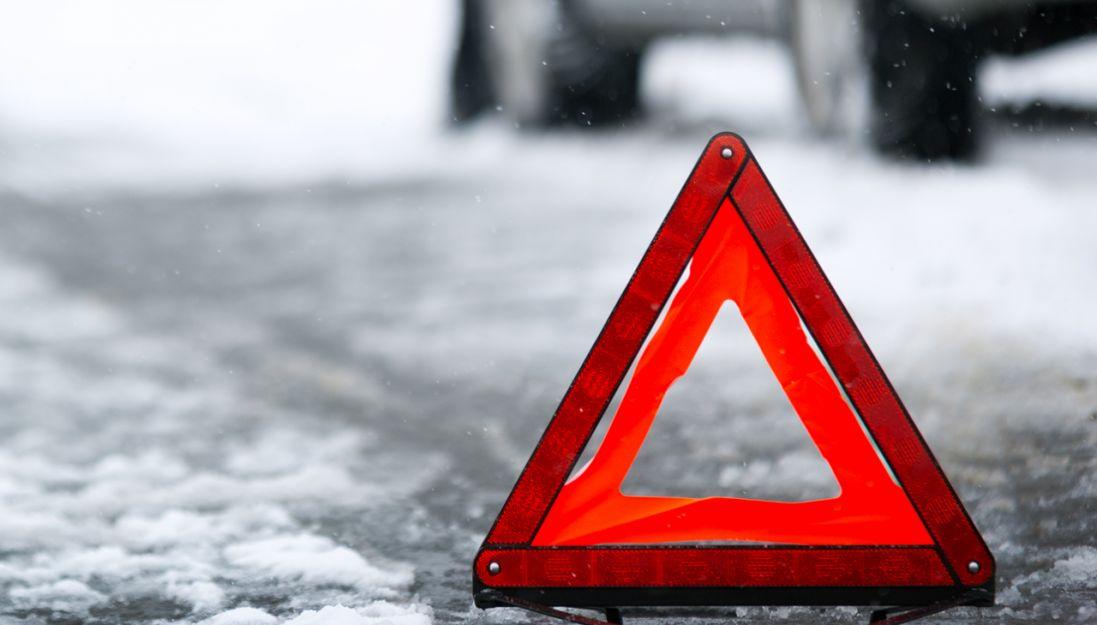 У Луцьку зіткнулись Mitsubishi та Citroen: травмувався один з водіїв