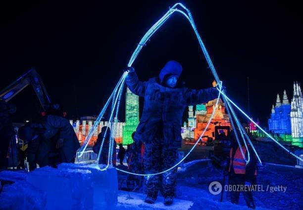 У Китаї показали грандіозний фестиваль скульптур із льоду