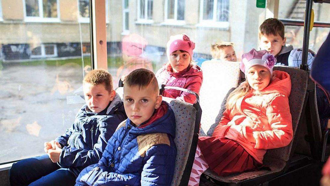 В Україні школярі подорожуватимуть безкоштовно