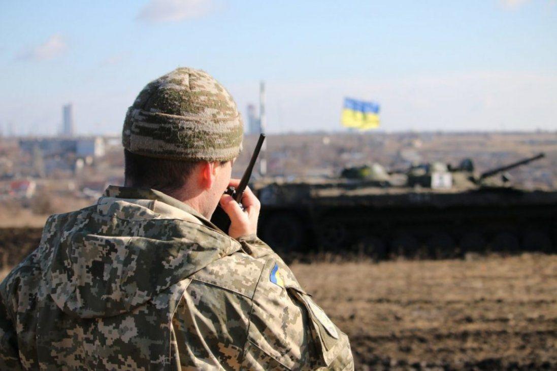 «Ворожа провокація»: на Донбасі бойовики обстріляли українських військових