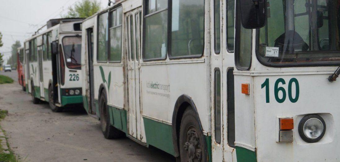 Як у Луцьку відновлюють тролейбуси (фото)