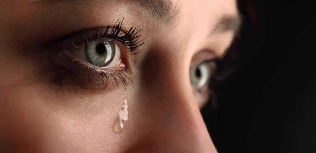 Що означає плакати уві сні?
