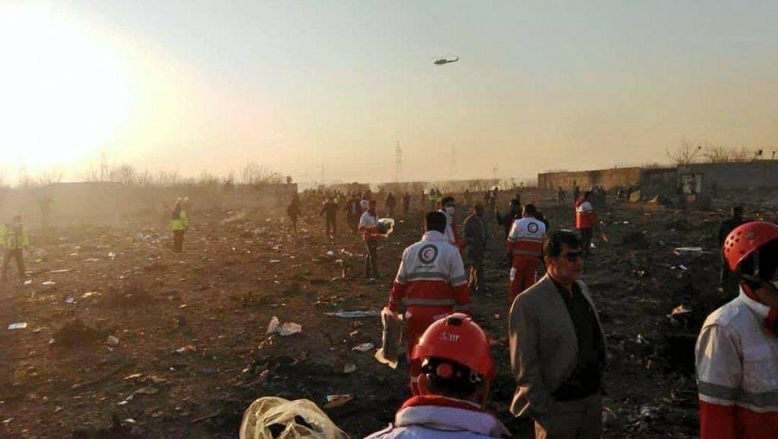 Тіла загиблих в авіакатастрофі в Ірані відправили на аналіз ДНК