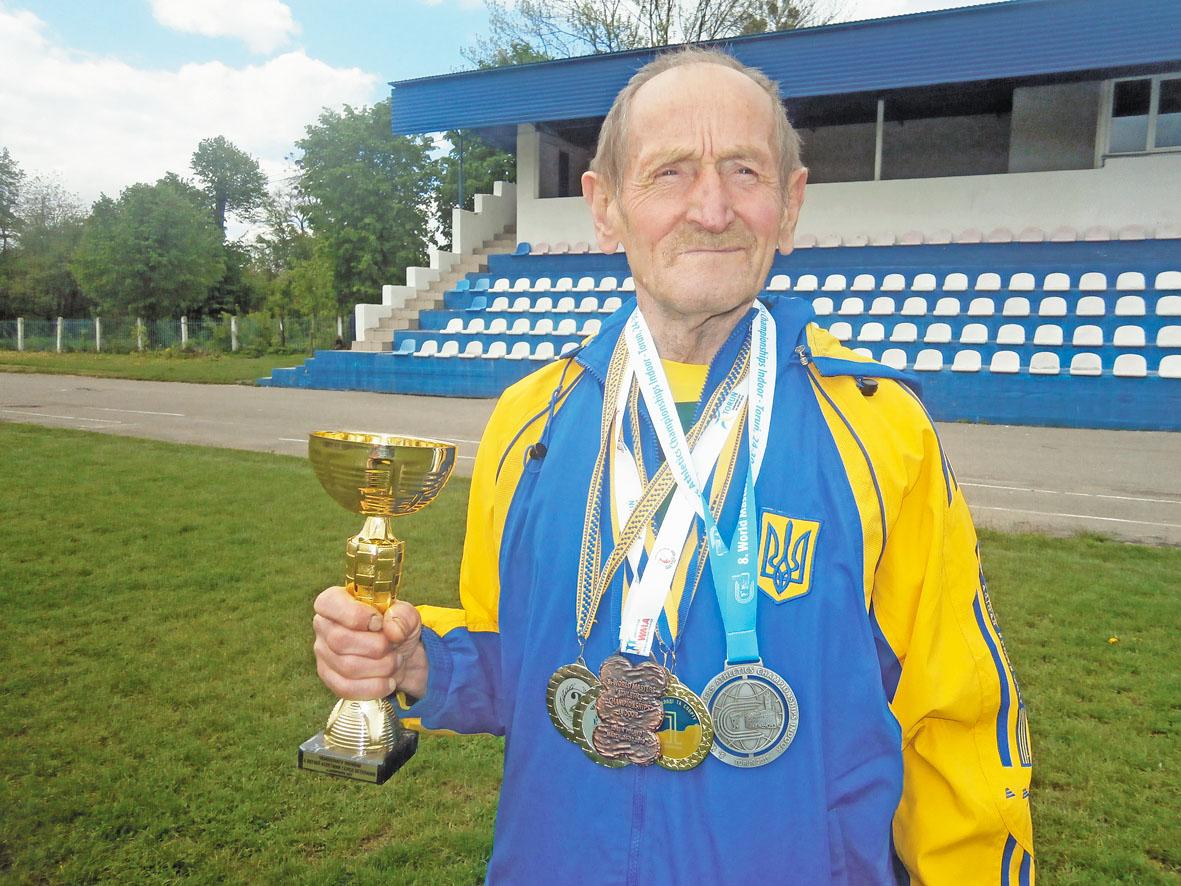 У 71 рік став абсолютним чемпіоном України