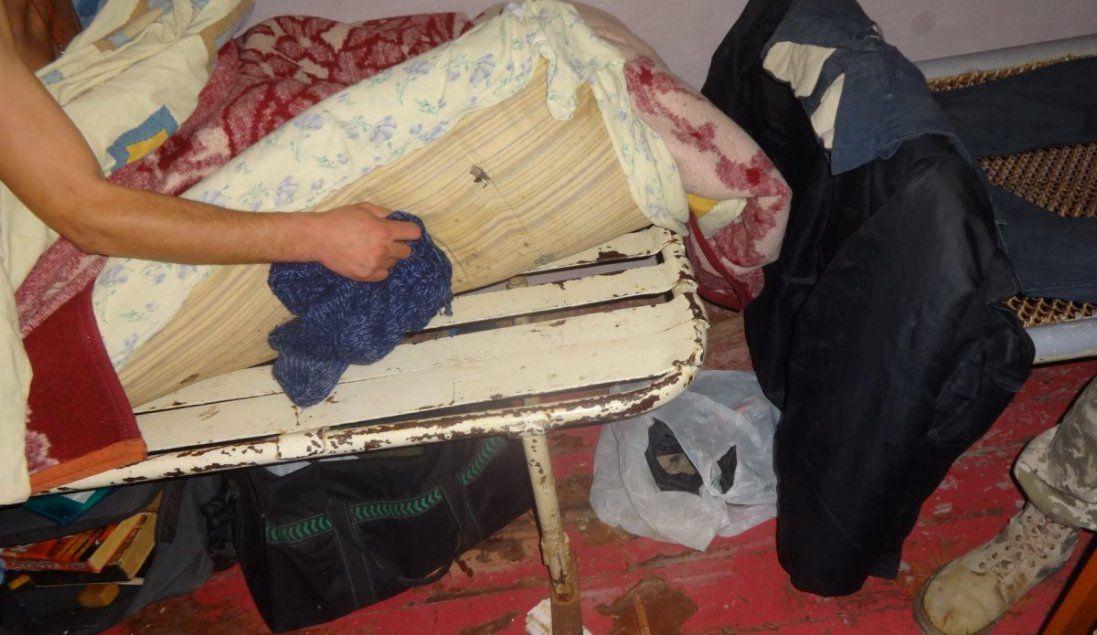 Зі щурами, без ліків і постільної білизни: шокуючі фото засуджених у львівському СІЗО