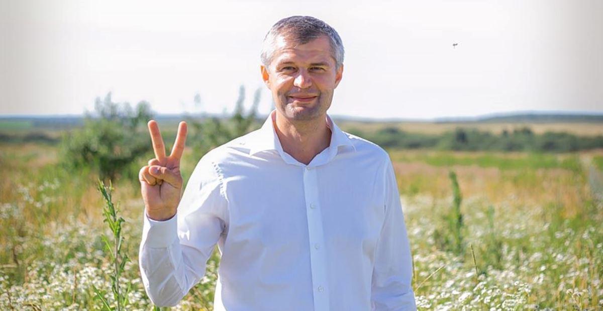 Волинський нардеп каже, що зарплата 100 тисяч гривень – це фейк