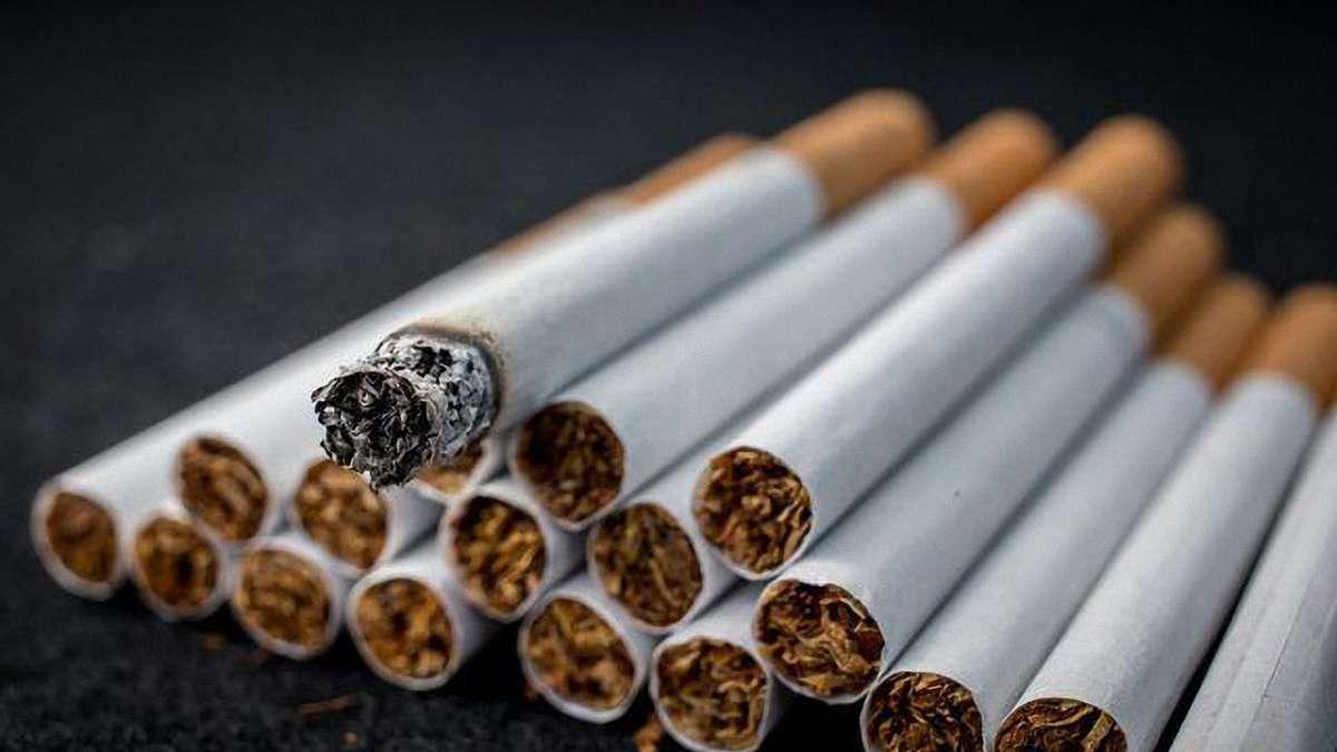 На «Ягодині» затримали чоловіка, який віз велику партію контрабандних цигарок (фото)