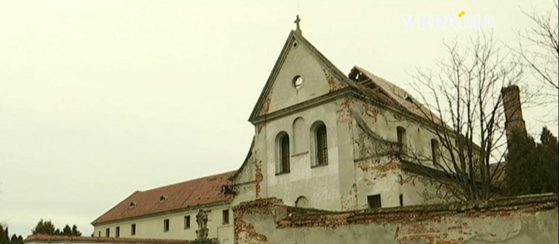 На Львівщині обвалився дах національної пам'ятки