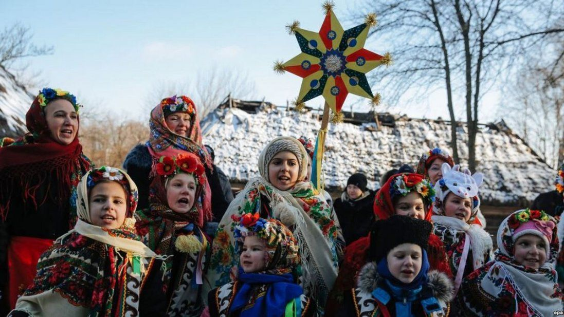 Українські щедрівки. Чому на Старий Новий рік прилітає ластівка