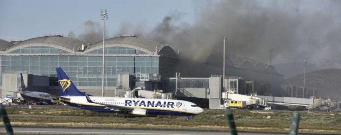 В Іспанії горів аеропорт (фото, відео)