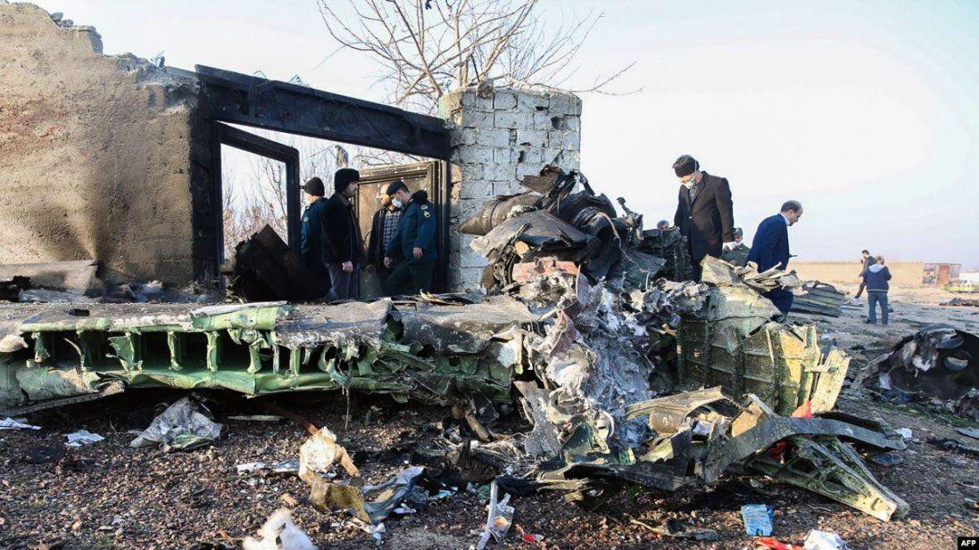 Авіакатастрофа в Ірані: Тегеран готовий передати тіла загиблих українців
