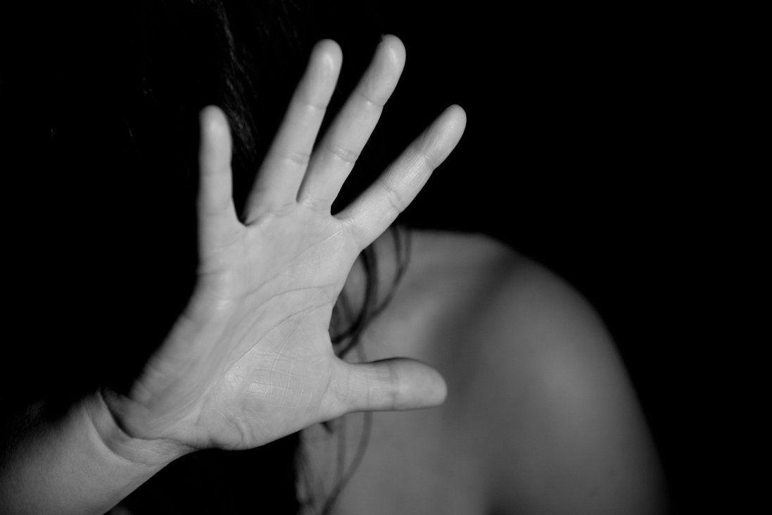 Волинян, які зґвалтували 22-річну дівчину, відпустили під домашній арешт