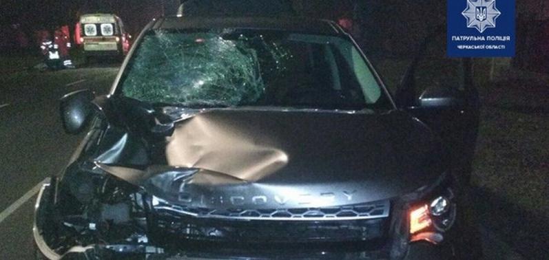 У Черкасах Land Rover на смерть збив директора школи (відео)