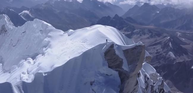 Після лавини у Гімалаях зникли сім туристів