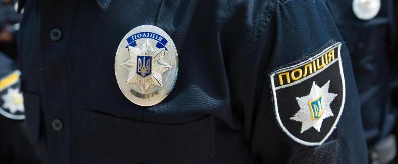 Перевозив дитину без автокрісла: у Луцьку на 1000 гривень оштрафували водія (фото)