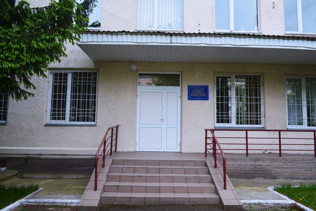 Скільки немовлят залишили у пологовому в Луцьку