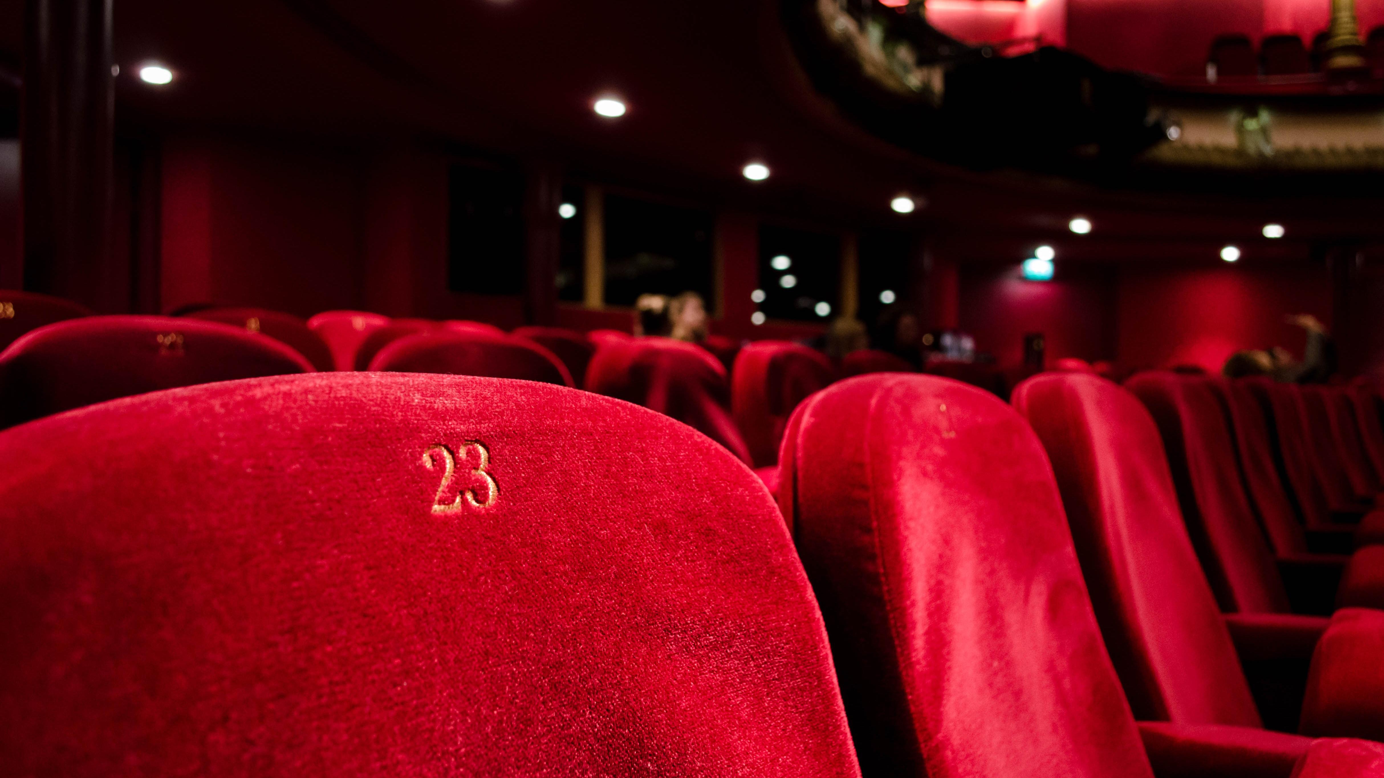 У «Промені» виступить комедійний театр «Чорний квадрат»