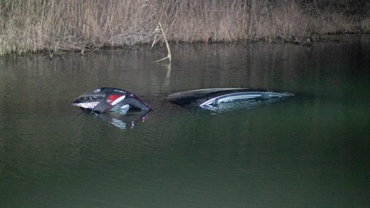 На Київщині авто з 9-річною дитиною потонуло у річці (фото,відео)