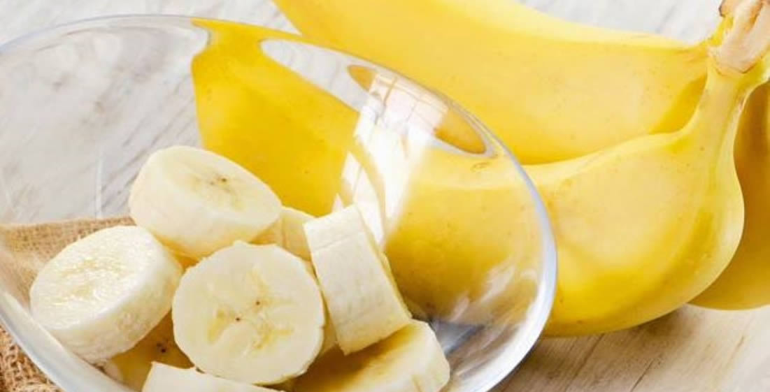 Маски з банана для обличчя