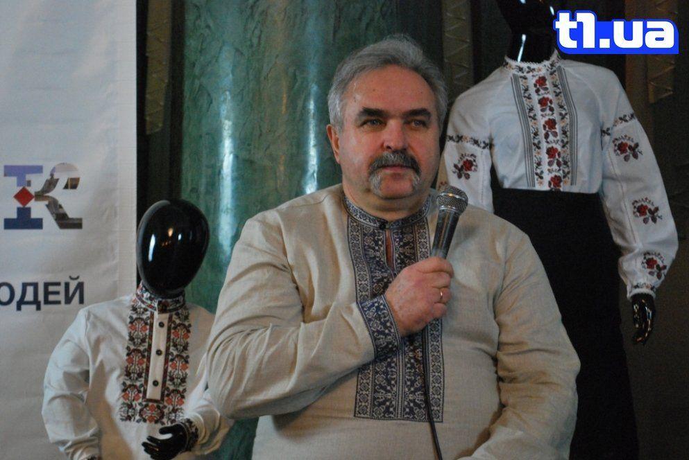 «Використовуємо збірку вишивок, яку створила Олена Пчілка», - луцький бізнесмен про імперію текстилю (фото)