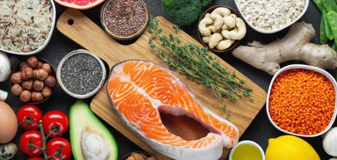 14 простих продуктів для здоров'я серця