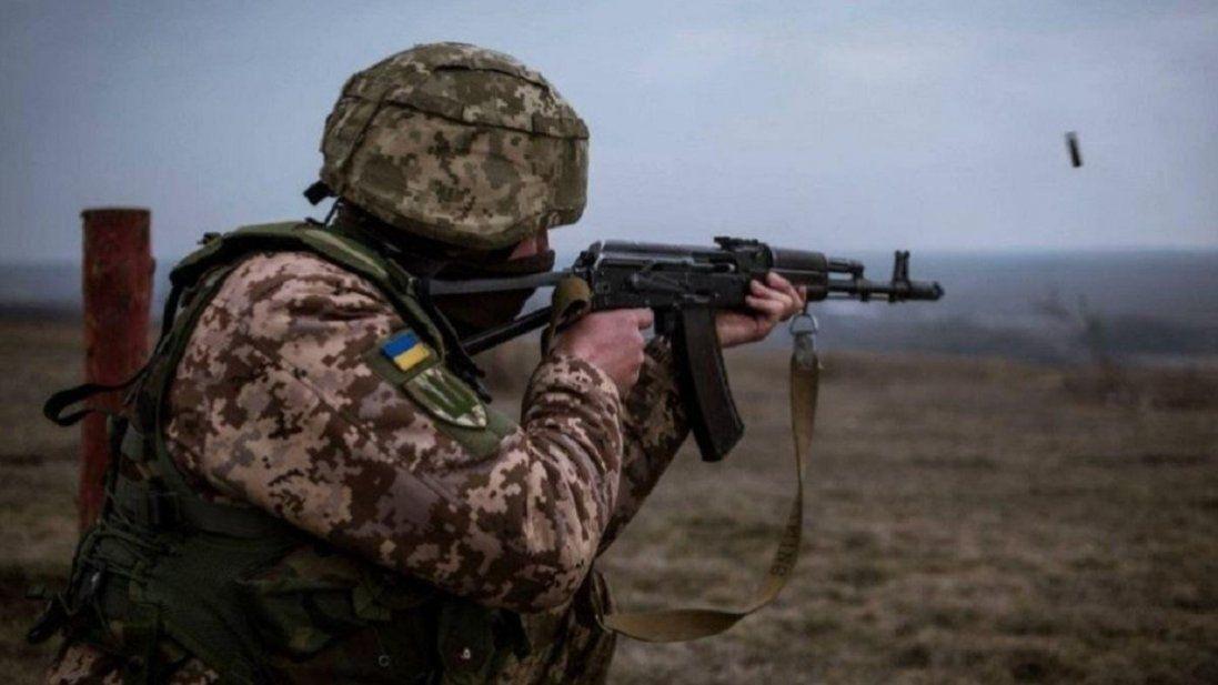 На Донбасі бойовики обстріляли українські позиції з гранатометів