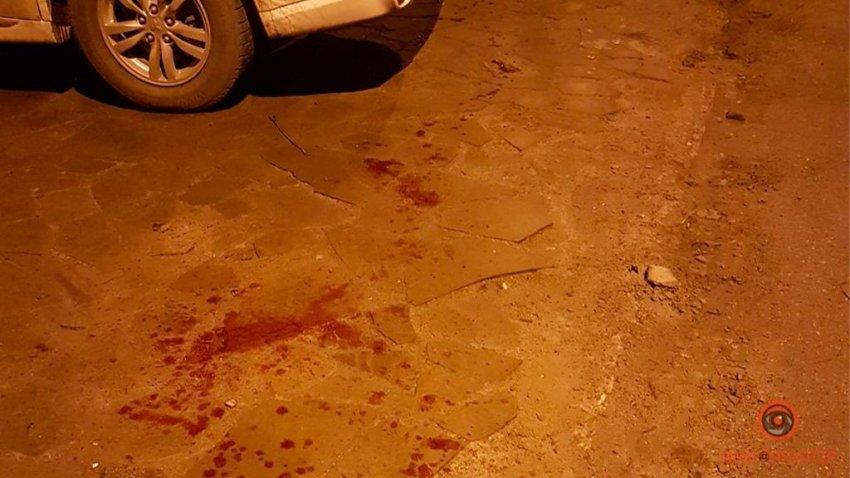 У центрі Дніпра вбили чоловіка