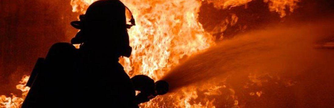 У Києві загорілася електричка (фото)