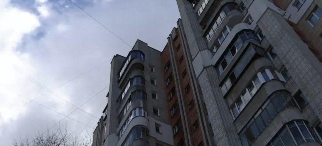 У Черкасах патрульний врятував дівчину від самогубства (фото, відео)
