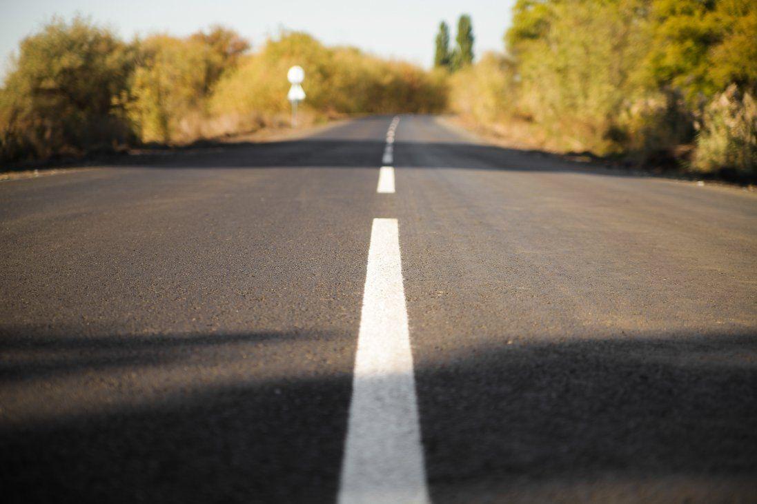 У Луцьку водій забруднив дорогу бетоном (відео)