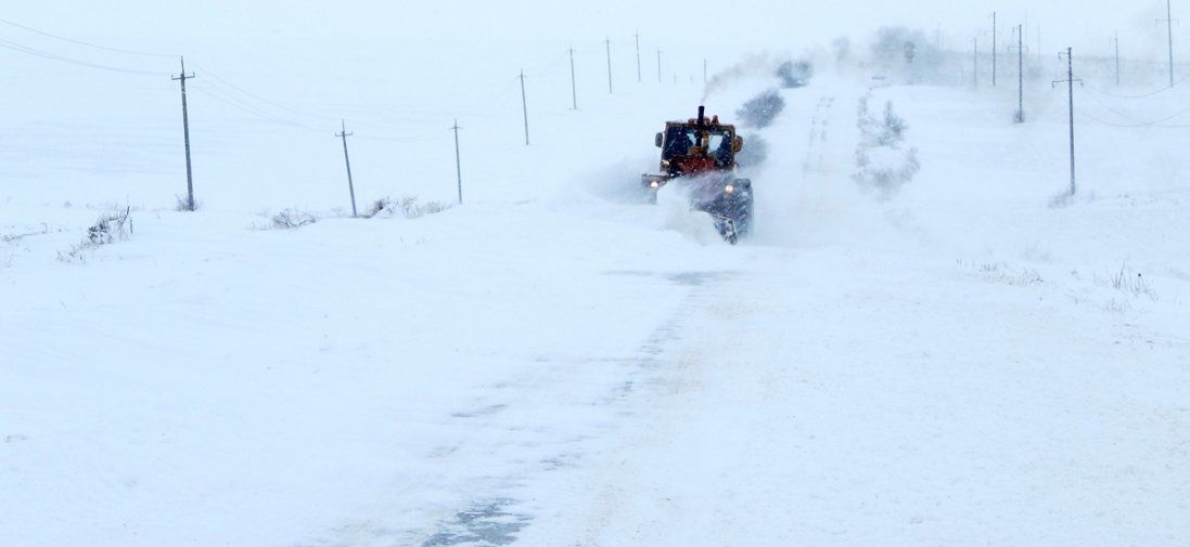 Циклон в Україні: в яких областях випаде півметра снігу