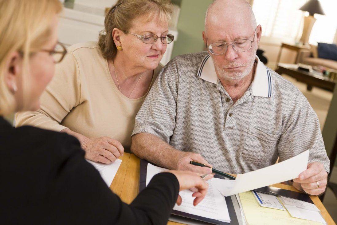 «Дорогі діти, ми починаємо жити довше», - Слуга народу про підвищення пенсійного віку