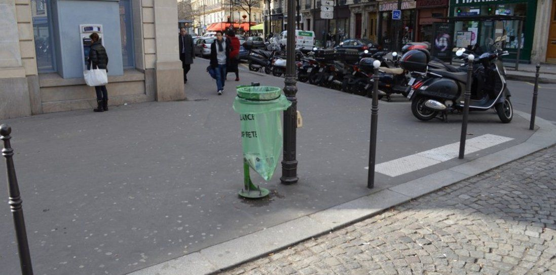 У Луцьку з'явиться 300 нових сміттєвих урн моделі «Париж»