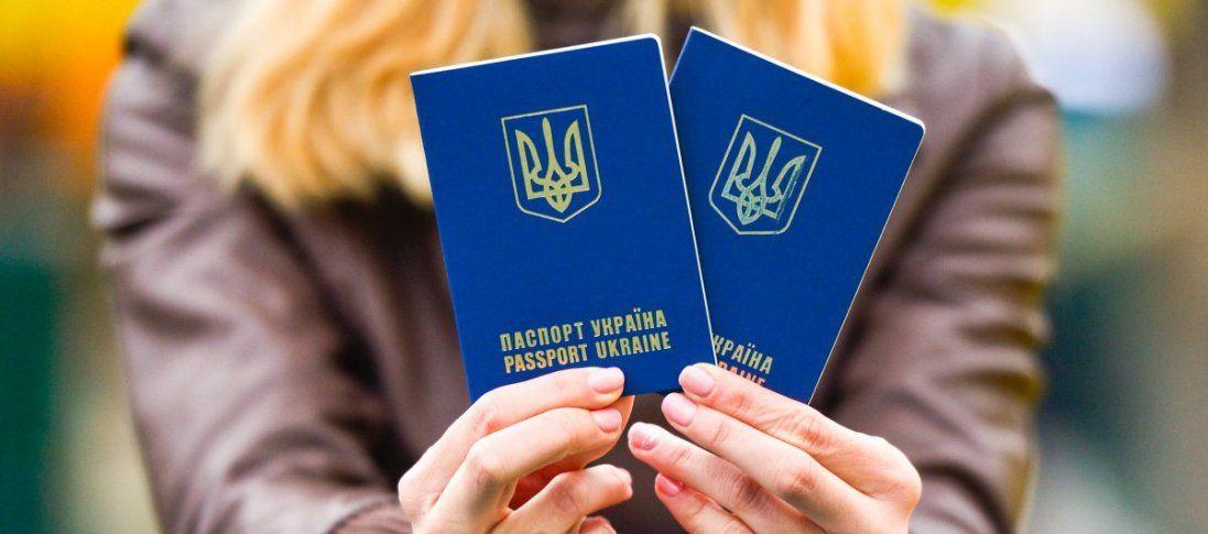 Скільки тисяч нелегалів з України працює в Польщі