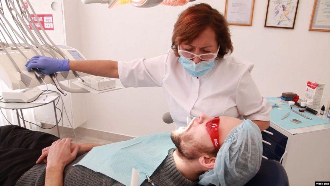 У Луцьку воїнам АТО/ООС безкоштовно лікують та протезують зуби (відео)
