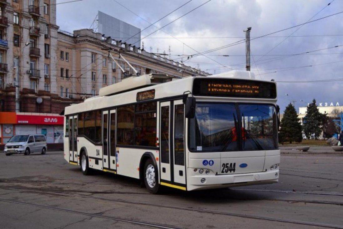 «На украинскам как співаєш»: у київському тролейбусі - гучний скандал